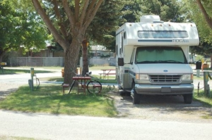 Full Hook-up Small-RV