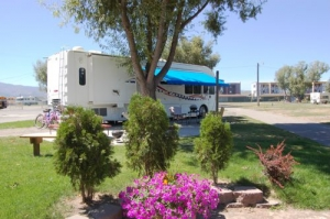 Link to Photo's of RV Sites for Motor Homes, Travel Trailers, Fifth Wheels, Pick-up Campers, Tent Trailers, Vans, Mortorcycles & More